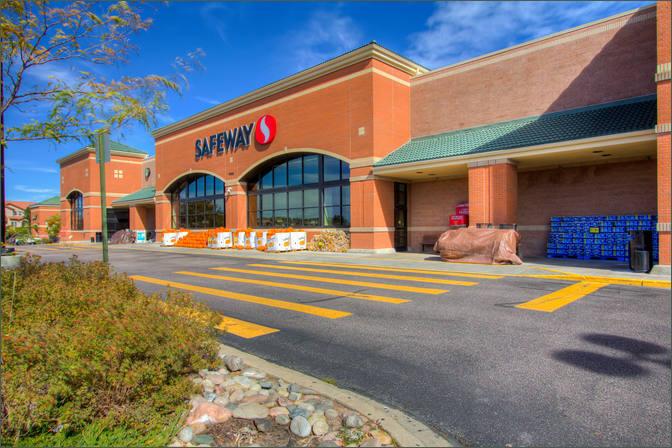 Nor'Wood Shopping Center